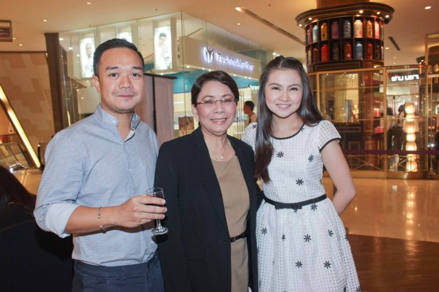 from left: MARIQUINA Director Milo Sogueco, Shang Plaza GM & EVP Lala Fojas and Cinemalaya Best Supporting Actress Barbie Forteza. ASIA ON SCREEN 2015 film fest will run at the Shang Cineplex, Shangri-La Plaza Mall from May 8-12, 2015. Photo by Jude Bautista