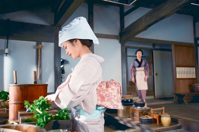 Aya Ueto (Haru) was supposed to be a privileged position of samurai's wife but insisted on doing kitchen work. Watch A TALE OF SAMURAI COOKING: A TRUE LOVE STORY on Screen Red.