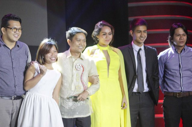 AN KUBO SA KAWAYANAN team from left: Prod Mgr Oskie Nuñez, Line Prod Andrea Fe Quizon, Dir. Alvin Yapan, Fil New Cinema Best Actress Mercedes Cabral, RK Bagatsing and Fil New Cinema Best Editor Benjamin Tolentino. The World Premieres Film Festival Phil features 70 films from over 35 countries along with the Filipino New Cinema competition. It is currently the most prestigious international film fest in the Philippines. Photo by Jude Bautista