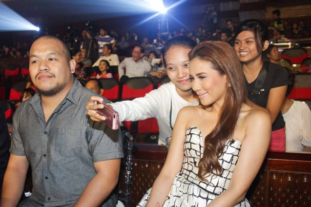 fan takes a selfie with Karylle. The PhilPOP 2015 Finals Night was held at the MERALCO THEATER last July 25, 2015. Photo by Jude Bautista