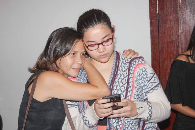 from left: Angeli Kanapi hugs Julia Buencamino. GINUGUNITA KITA was a concert last May 20, 2015 where composer Jesse Lucas set the poetry of Maningning Miclat to music. Photo by Jude Bautista