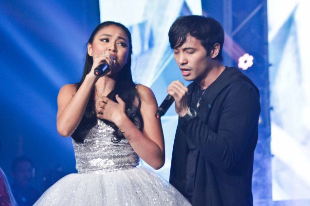 Nadine Lustre & Kean Cipriano sang SA IBANG MUNDO by songwriter Mark Villar which won 2nd R. Up (250k prize) and People's Choice (100k). The PhilPOP 2015 Finals Night was held at the MERALCO THEATER last July 25, 2015. Photo by Jude Bautista