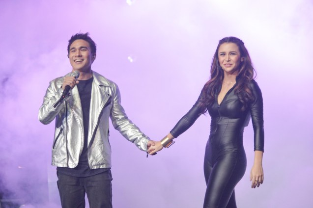 Josh Padilla & Yassi Pressman performed EDGE OF THEWORLD by Johann Garcia. The PhilPOP 2015 Finals Night was held at the MERALCO THEATER last July 25, 2015. Photo by Jude Bautista
