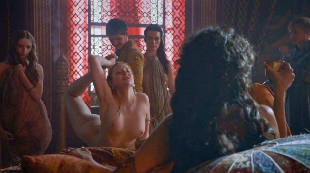 Prince Oberyn (Pedro Pascal) & Ellaria Sands (Indira Varma) examines young woman at Lord Baelish' brothel