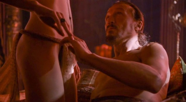 Sir Bronn (Jerome Flynn) takes a whore in Lord Baelish' brothel.