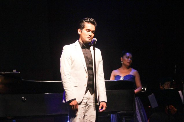 Al Gatmaitan; Jesse Lucas FULL RANGE is part of the TRIPLE THREATS series-the composers at CCP Tanghalang Aurelio Tolentino last August 20, 2015. Photo by Jude Bautista