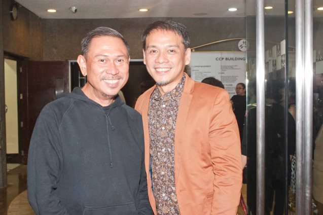 from left: Theater Patron & fashion auteur Frederick Peralta with Producer & Librettist Ricky Gallardo. Jesse Lucas FULL RANGE is part of the TRIPLE THREATS series The composers at CCP Tanghalang Aurelio Tolentino last August 20, 2015. Photo by Jude Bautista