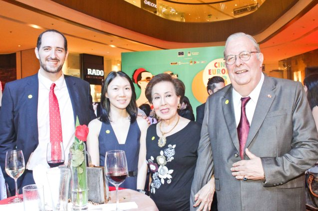 From left: Inst Cervantes Dir. Carlos Madrid, Pioneer Offset Printing Exec Jeleen Pek, Casino Español Pres. Paco Gomez de Liaño and wife Rebecca Gomez de Liaño. Watch European films for free in Cine Europa 18 at Shang Cineplex, Shangri La Plaza Mall from September 10-20, 2015. Photo by Jude Bautista