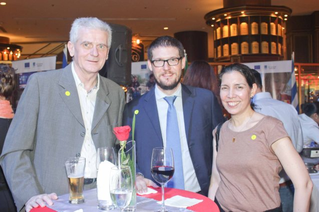 from left: Harald Tomintz, Italian Emb First Sec Fabio Schina and PIA Proj Dev officer Cristina Moricca. Watch PUPPYLOVE and many European films for free in Cine Europa 18 at Shang Cineplex, Shangri La Plaza Mall from September 10-20, 2015. Photo by Jude Bautista