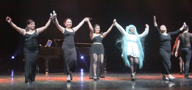 from left: Donalyn Balbag, Nicole Herrera, Natasha Cabrera, CMKC (aka Christina Carbonell) and Angela Herrera. Jesse Lucas FULL RANGE is part of the TRIPLE THREATS series The composers at CCP Tanghalang Aurelio Tolentino last August 20, 2015. Photo by Jude Bautista