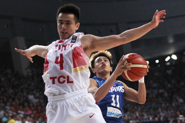 Ji Wei Zhao defends Terence Romeo; FIBA Asia Finals game PHI v CHINA October 3, 2015 at the Changsha Social Work College, Chang Sha, China. Photo from FIBA.com.