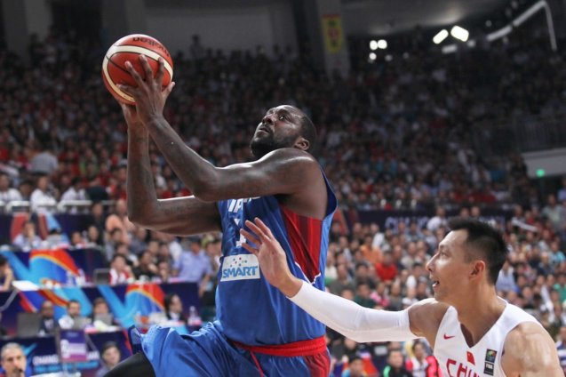 Andray Blatche gets past defender; FIBA Asia Finals game PHI v CHINA October 3, 2015 at the Changsha Social Work College, Chang Sha, China. Photo from FIBA.com.