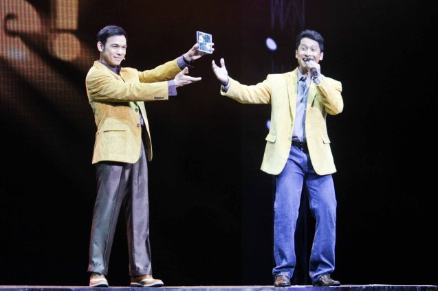 from left: Mark Bautista (Nico Escobar) & Jay Roa (Zosimo Blanco). BITUING WALANG NINGNING is running at the Newport Performing Arts Theater, Resorts World Manila from October 8, 2015 to January 2016. Photo by Jude Bautista