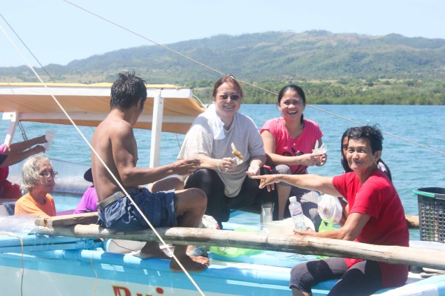 We had a sumptuous lunch while floating on the sandbar; barangay Balete, Claveria, Burias Island, May 18, 2015. Photo by Jude Bautista