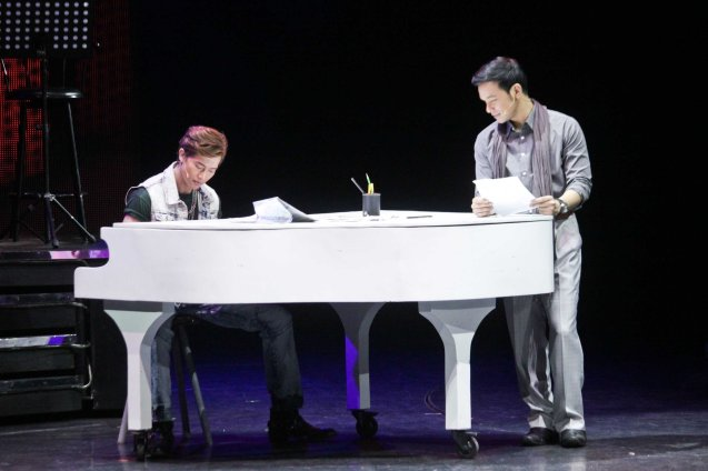 from left: Ronnie Liang (Garrie Diaz) and Mark Bautista (Nico Escobar). BITUING WALANG NINGNING is running at the Newport Performing Arts Theater, Resorts World Manila from October 8, 2015 to January 2016. Photo by Jude Bautista