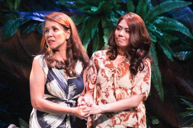 from left: Irma Adlawan (Leda Santos) and Karen Gaerlan (Aurora Alba). Kanakan Balintagos' MGA BUHAY NA APOY will run from Oct 2-25, 2015. The TANGHALANG PILIPINO production can be seen at the Tanghalang Aurelio Tolentino of the Cultural Center of the Philippines. Photo by Jude Bautista