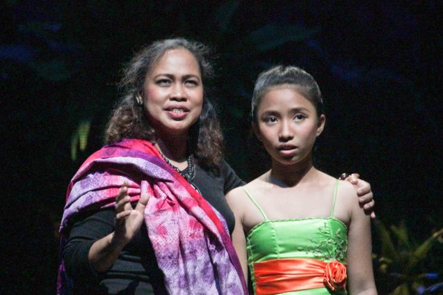 from left: Carol Bello (Auntie Lili) & Kyrie Samodio (Topaz). Kanakan Balintagos' MGA BUHAY NA APOY will run from Oct 2-25, 2015. The TANGHALANG PILIPINO production can be seen at the Tanghalang Aurelio Tolentino of the Cultural Center of the Philippines. Photo by Jude Bautista