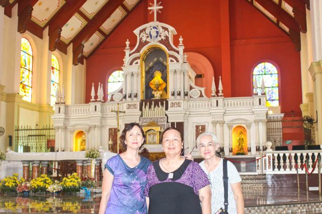 from right: Lally Gomez Molina, Erlinda Bautista and Beth Javier in the Our Lady of Peñafrancia Basilica in Naga City-May 21, 2015. Photo by Jude Bautista