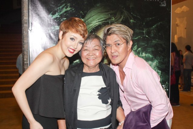 from left: Cris Villonco, Delia De Jesus & Vince De Jesus. DEMENTED, DELIGHTFUL, DERANGED DE JESUS is part of the TRIPLE THREATS series. It was held last September 24, 2015 at the CCP's Tanghalang Aurelio Tolentino. Photo by Jude Bautista