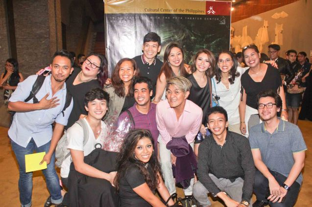 KUNG PAANO AKO NAGING LEADING LADY cast & crew with Vince De Jesus. DEMENTED, DELIGHTFUL, DERANGED DE JESUS is part of the TRIPLE THREATS series. It was held last September 24, 2015 at the CCP's Tanghalang Aurelio Tolentino. Photo by Jude Bautista