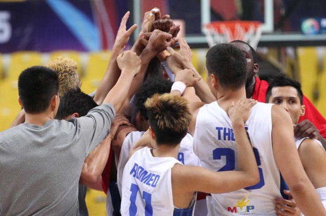 SMART Gilas beats adversity as a team. SMART GILAS Pilipinas won against Lebanon 82-70, October 1, 2015 at the Changsha Social Work College, Chang Sha, China. Photo from FIBA.com.