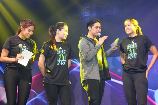 from right: GAMEDAY WEEKEND's Gretchen Ho, Nico Ramos, Nicole Anderson and Kat Zala. RXN FIT FEST was held at the SMX Convention Center last Nov 14, 2015. Photo by Jude Bautista