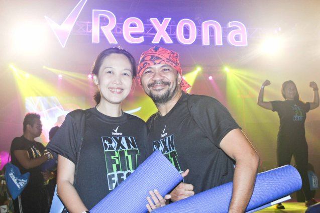 Ruth & Gabriel Floresca- Ruth is the genius behind http://www.mommywrites.blogspot.com/ -check out her informative blog especially for parents. RXN FIT FEST was held at the SMX Convention Center last Nov 14, 2015. Photo by Jude Bautista
