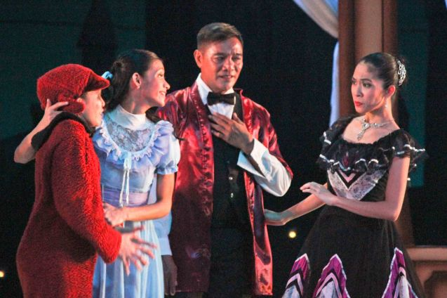 from right: Rhea Bautista (Mother Darling) & Mario Esperanza (Father Darling). Ballet Philippines' Peter Pan runs from December 4-13, 2015 at the Tanghalang Nicanor Abelardo of the CCP. Photo by Jude Bautista