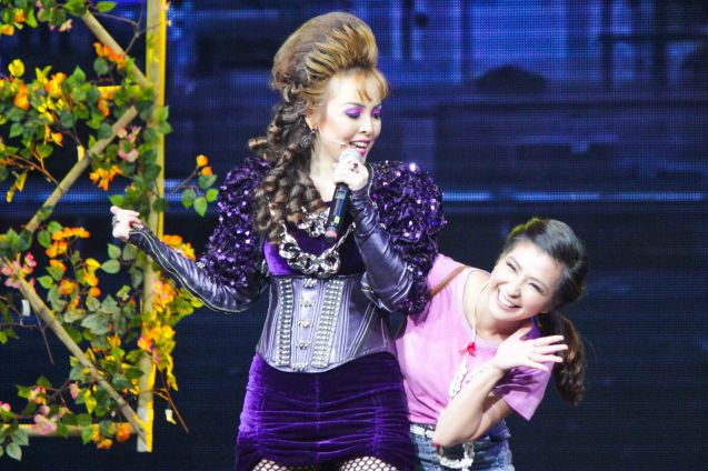 from right: Monica Cuenco (Dorina) & Cris Villonco (Lavinia); BITUING WALANG NINGNING is running at the Newport Performing Arts Theater, Resorts World Manila until January 31, 2016. Photo by Jude Bautista