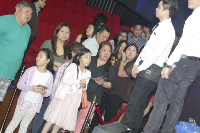 fans waited in line to meet & greet the cast, get autographs and pics. BITUING WALANG NINGNING is running at the Newport Performing Arts Theater, Resorts World Manila until January 31, 2016. Photo by Jude Bautista