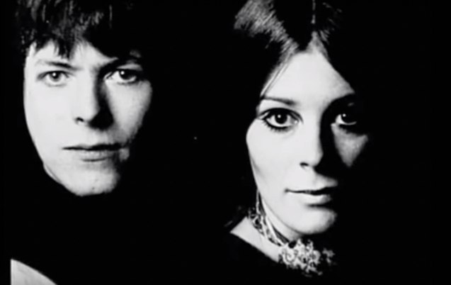 Bowie fell in love with dancer and costume designer Hermione Farthingale—while training under Lindsay Kemp (who was also his lover).