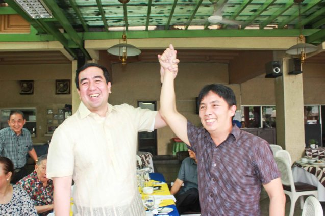 left: COMELEC Chairman Andy Bautista declares Noel Bautista a winner in his married life. Watch COMING HOME for free during the 10th Spring Film Festival at the Shang Cineplex, Shang Rila Plaza Mall from January 29-February 7, 2016.  Photo by Jude Bautista