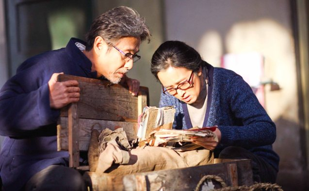 from left: Chen Daoming (Lu) & Gong Li (Yu); Watch COMING HOME for free during the 10th Spring Film Festival at the Shang Cineplex, Shang Rila Plaza Mall from January 29-February 7, 2016.