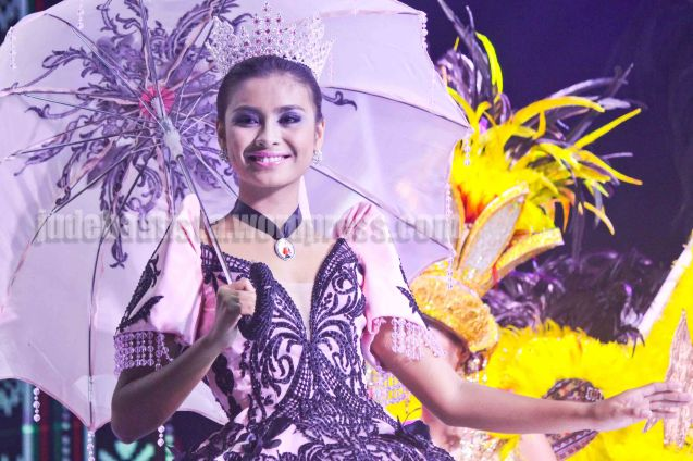 #4 Renelyn Deguit-BUGLASAN FETIVAL; ALIWAN held last April 14-16, 2016, is the Grand Festival of Champions showing the best of Philippine Fiestas from around the country. There are three main activities: Reyna Ng Aliwan Pageant, Street Dance and Float Competition.  It culminates in a grand parade from Quirino Grandstand going through Roxas Blvd to the Aliw Theater grounds in CCP. Photo By Jude Bautista