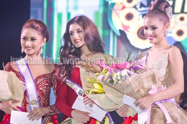 From left: Miss Friendship #16 Darlene Joy Tabuga -Pintados De Passi Festival, Miss Unique Smile #5 Andrea Fe Gomez -Panagbenga Festival and Miss Photogenic, Best in Swimsuit & Best in Evening Gown #13 Cynthia Thomalla -Sinulog Festival. ALIWAN held last April 14-16, 2016, is the Grand Festival of Champions showing the best of Philippine Fiestas from around the country. There are three main activities: Reyna Ng Aliwan Pageant, Street Dance and Float Competition.  It culminates in a grand parade from Quirino Grandstand going through Roxas Blvd to the Aliw Theater grounds in CCP. Photo By Jude Bautista