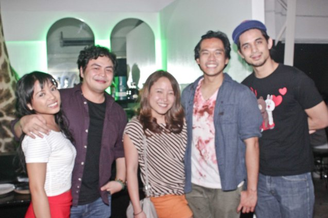 from right: DC Fan – actor Jeff Flores, Gabs Santos, Bea Garcia, Red Nuestro & Martha Comia. Egg Theater's PILLOWMAN is showing from April 8-24, 2016 at the Pineapple Lab-Palma St. Poblacion, Makati City. Photo by Jude Bautista