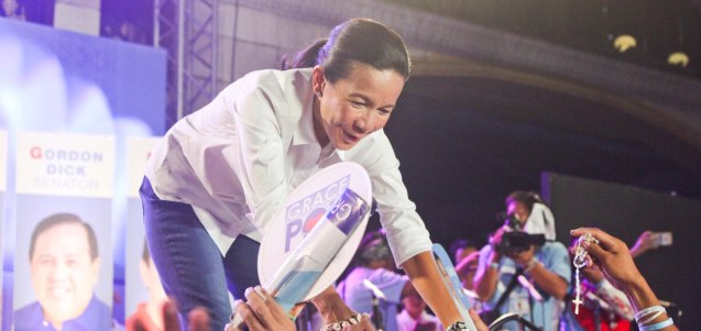 Sen. Grace Poe drew thousands at the historic Plaza Miranda; The Partido Galing at Puso Miting De Avance was held at Plaza Miranda, Quiapo, Manila last May 7, 2016. Photo by Jude Bautista