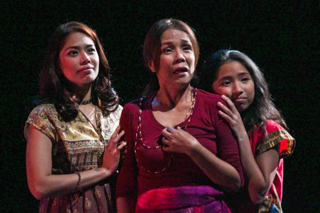 Irma Adlawan (center) won Female Lead performance in a Play for BUHAY NA APOY with her from left: Karen Gaerlan (Aurora Alba) & Kyrie Samodio (Topaz). Kanakan Balintagos' MGA BUHAY NA APOY - the TANGHALANG PILIPINO production ran at the Tanghalang Aurelio Tolentino of the Cultural Center of the Philippines. Photo by Jude Bautista