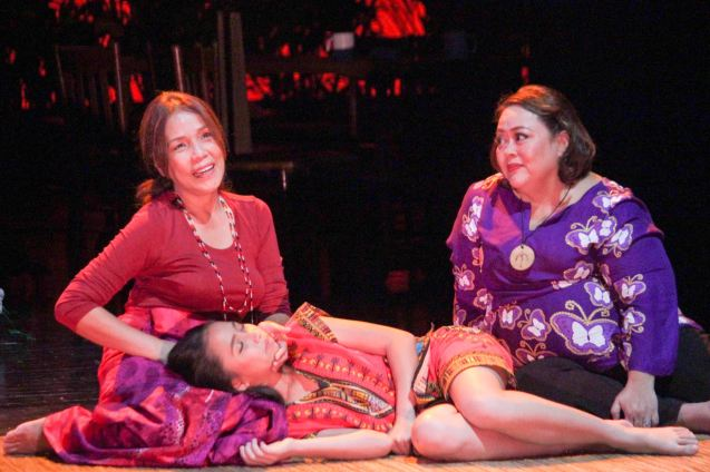 from left: Irma Adlawan (won Female Lead performance in a Play for BUHAY NA APOY) with her are Kyrie Samodio (Topaz) & Malou Crisologo (Selmah). Kanakan Balintagos' MGA BUHAY NA APOY - the TANGHALANG PILIPINO production ran at the Tanghalang Aurelio Tolentino of the Cultural Center of the Philippines. Photo by Jude Bautista