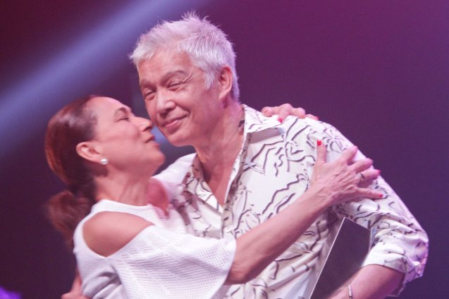 Cherie Gil kisses director Loy Arcenas after winning Outstanding Play—Original or Translation/Adaptation ARBOL DE FUEGO (Peta). The 8th Philstage Gawad Buhay was held at Onstage Greenbelt last April 28, 2016. Photo by Jude Bautista