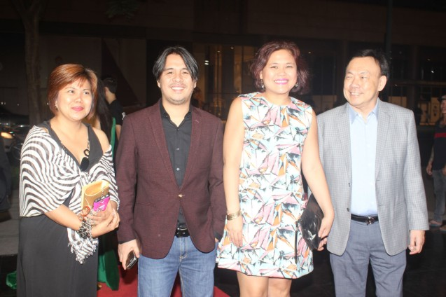from right: SOLAR Ent Pres. & CEO Wilson Tieng, w IMBISIBOL grp: Krisma Maclang Fajardo, Lawrence Fajardo and Asst. Dir. Charita Castinlag. Catch the 21st French Film Festival from June 8 to 14, 2016 at the Greenbelt 3 Cinemas and the Bonifacio High Street Cinemas. The fest includes Pinoy films IMBISIBOL & MANANG BIRING on June 12 at Greenbelt. Photo by Jude Bautista