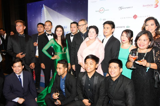 MA'ROSA cast standing from left: Larry Castillo, friend, John Paul Duray, Maria Isabel Lopez, Mark Anthony Fernandez, French Cultural Affairs Counselor Yves Zoberman, Jaclyn Jose, Jomari Angeles, Natileigh Sitoy Ruby Ruiz, Cataleya Surio, bottom row from left: Raymond Rinoza, Carlo Valenzona, Luis Ruiz, Mac Mendoza. Catch the 21st French Film Festival from June 8 to 14, 2016 at the Greenbelt 3 Cinemas and the Bonifacio High Street Cinemas. The fest includes Pinoy films IMBISIBOL & MANANG BIRING on June 12 at Greenbelt. Photo by Jude Bautista