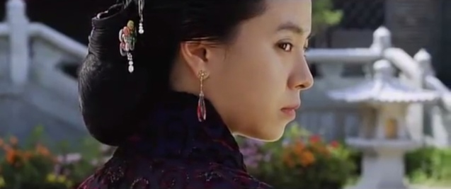Song Ji Hyo as Queen Yuan; A FROZEN FLOWER was part of the Korean Film fest held in Shang Cineplex, Shangri La Plaza Mall (2010).