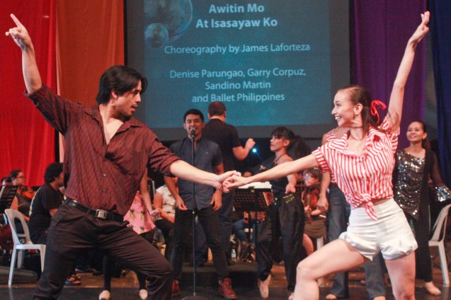 foreground: Jef Flores shows his moves with Denise Parungao while Sandino Martin sings (background). BP's AWITIN MO AT ISASAYAW KO will run from Dec 2-11, 2016 at the CCP Main Theater (Tanghalang Nicanor Abelardo). Photo by Jude Bautista