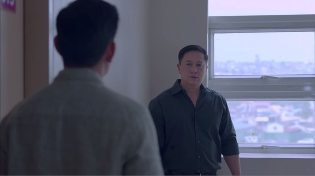 from right: Eric Quizon (Jason) meets Richard Yap (Wilson Sr); MANOPO 7: CHINOY opened last December 14, 2016 at a mall near you.
