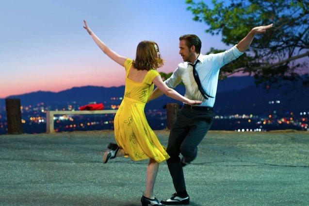 Emma Stone (Mia) & Ryan Gosling (Seb); Watch LA LA LAND in Shang Cineplex, Shang Rila Plaza Mall, Resort's World Manila, Lucky Chinatown Mall, Venice Piazza Mall and Eastwood City Mall.